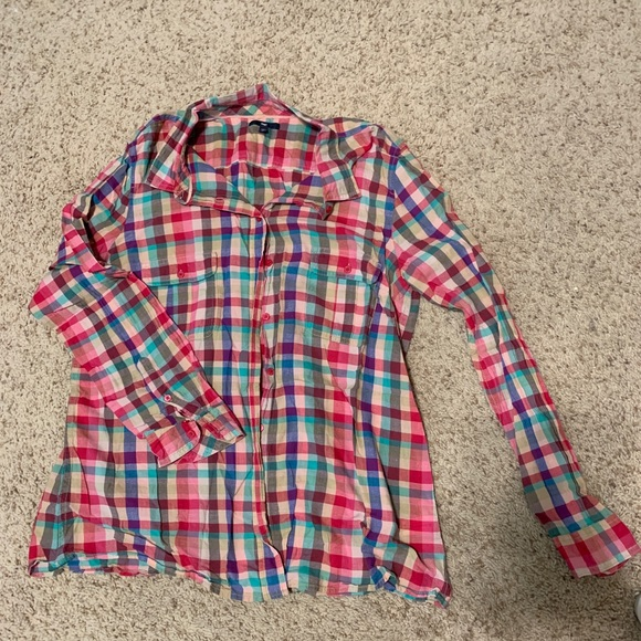 GAP Tops - CUTE colorful light flannel